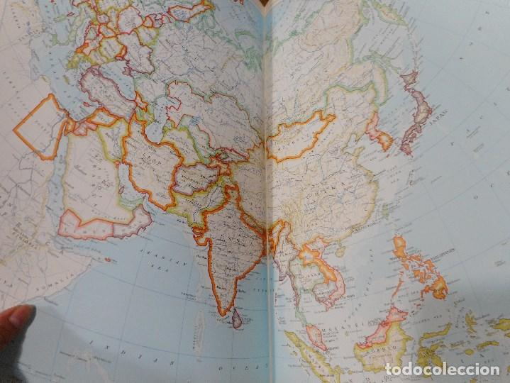 Libros de segunda mano: The Times Rialp Atlas of the world Q876W - Foto 2 - 207071320