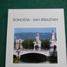 Libros de segunda mano: DONOSTIA SAN SEBASTIAN. Lote 215501457