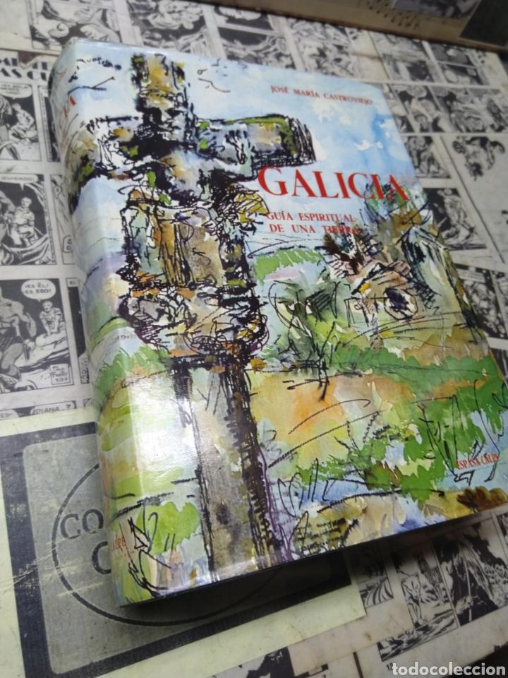 GALICIA. GUÍA ESPIRITUAL DE UNA TIERRA. CASTROVIEJO. (Libros de Segunda Mano - Geografía y Viajes)