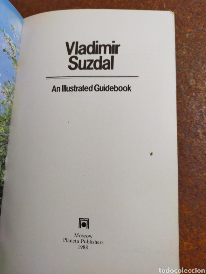 Libros de segunda mano: VLADIMIR SUZDAL AN ILLUSTRATED GUIDEBOOK - Foto 2 - 253970210