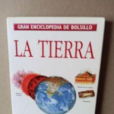 Libros de segunda mano: LA TIERRA - GRAN ENCICLOPEDIA DE BOLSILLO - ED. MOLINO. Lote 256017180