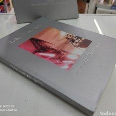 Libros de segunda mano: LA NAVAL IZAR CONSTRUCCIONES NAVALES ASTILLERO SESTAO CARTONE CON ESTUCHE BILBAO PAIS VASCO. Lote 265968933