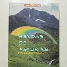 Libros de segunda mano: SENDAS DE ASTURIAS. 50 EXCURSIONES PARA DISFRUTAR - LA VOZ DE ASTURIAS - 1998. Lote 283754503