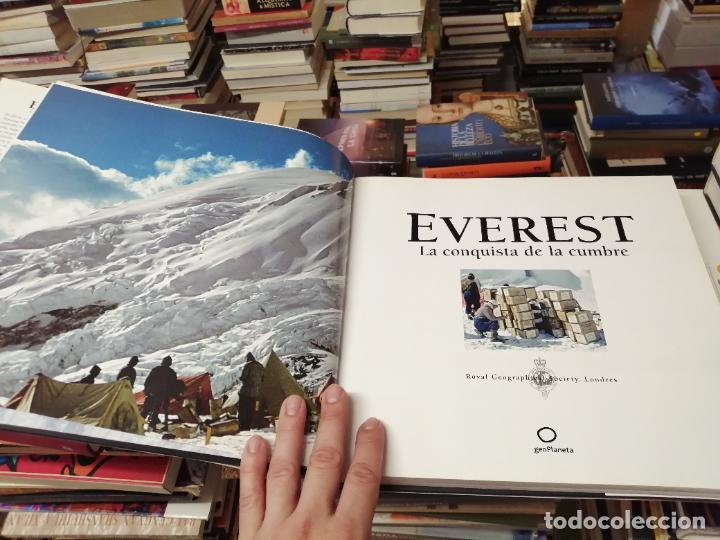Libros de segunda mano: EVEREST . LA CONQUISTA DE LA CUMBRE . STEPHEN VENABLES. PRÓLOGO SIR EDMUND HILLARY. PLANETA. 2006 - Foto 6 - 290146323