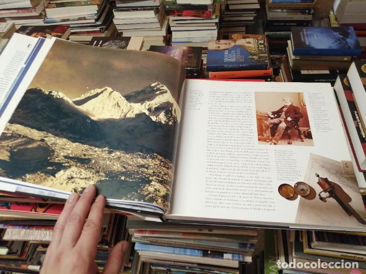 Libros de segunda mano: EVEREST . LA CONQUISTA DE LA CUMBRE . STEPHEN VENABLES. PRÓLOGO SIR EDMUND HILLARY. PLANETA. 2006 - Foto 11 - 290146323