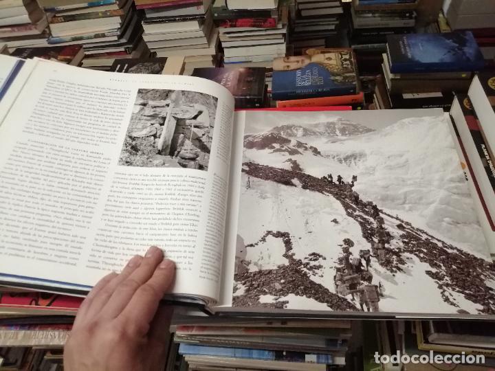 Libros de segunda mano: EVEREST . LA CONQUISTA DE LA CUMBRE . STEPHEN VENABLES. PRÓLOGO SIR EDMUND HILLARY. PLANETA. 2006 - Foto 14 - 290146323
