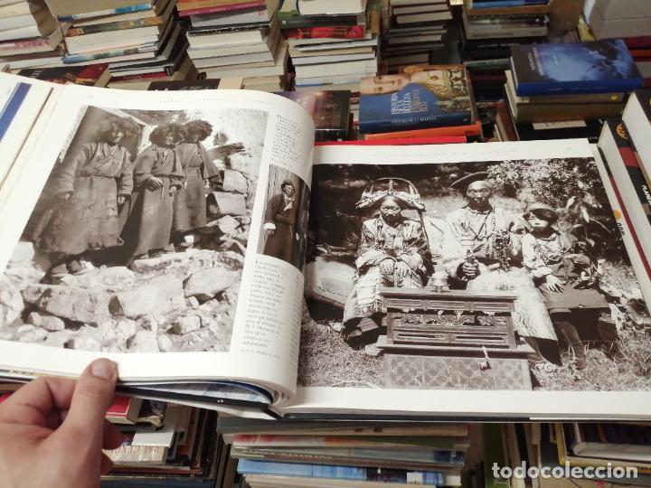 Libros de segunda mano: EVEREST . LA CONQUISTA DE LA CUMBRE . STEPHEN VENABLES. PRÓLOGO SIR EDMUND HILLARY. PLANETA. 2006 - Foto 19 - 290146323
