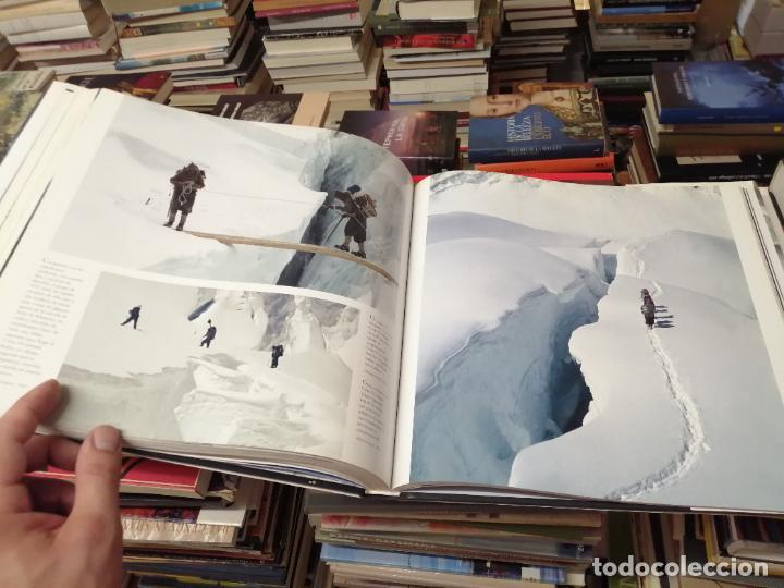 Libros de segunda mano: EVEREST . LA CONQUISTA DE LA CUMBRE . STEPHEN VENABLES. PRÓLOGO SIR EDMUND HILLARY. PLANETA. 2006 - Foto 26 - 290146323