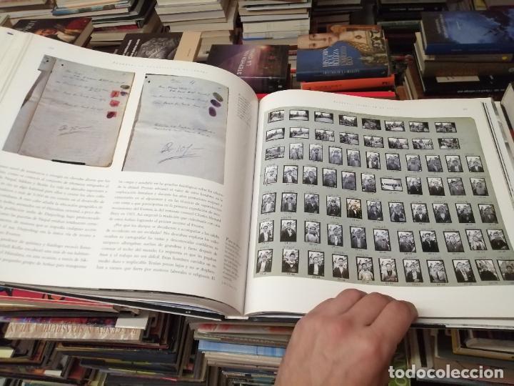 Libros de segunda mano: EVEREST . LA CONQUISTA DE LA CUMBRE . STEPHEN VENABLES. PRÓLOGO SIR EDMUND HILLARY. PLANETA. 2006 - Foto 28 - 290146323