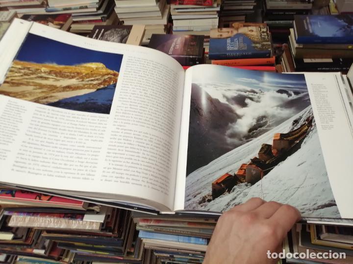 Libros de segunda mano: EVEREST . LA CONQUISTA DE LA CUMBRE . STEPHEN VENABLES. PRÓLOGO SIR EDMUND HILLARY. PLANETA. 2006 - Foto 31 - 290146323