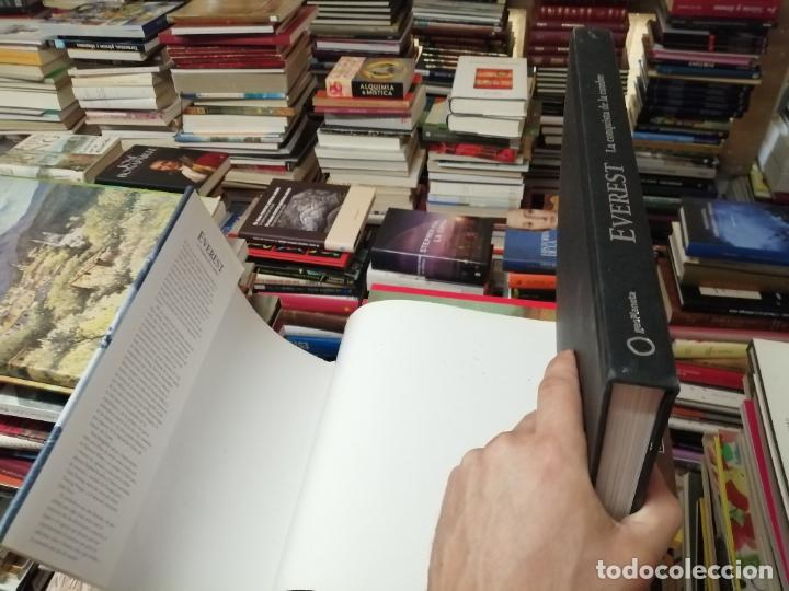 Libros de segunda mano: EVEREST . LA CONQUISTA DE LA CUMBRE . STEPHEN VENABLES. PRÓLOGO SIR EDMUND HILLARY. PLANETA. 2006 - Foto 34 - 290146323