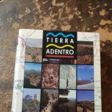 Libros de segunda mano: RUTAS DE LA PROVINCIA DE ALICANTE (TIERRA ADENTRO). Lote 290146718