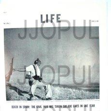 Libros de segunda mano: LIFE. 1937. ROBERT CAPA. MILICIANO ABATIDO. GUERRA CIVIL. II REPUBLICA. ORIGINAL. Lote 97697724