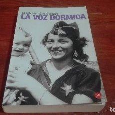 Libros de segunda mano: LIBRO LA VOZ DORMIDA DE DULCE CHACÓN. Lote 90654440