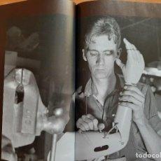 Libros de segunda mano: 2008 SALVAR VIDES EN TEMPS DE MORT - LA GUERRA CIVIL A CATALUNYA - EN CATALÁN. Lote 212137157