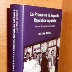Libri di seconda mano: LA PRENSA EN LA SEGUNDA REPUBLICA ESPAÑOLA. JUSTINO SINOVA.. Lote 215041580