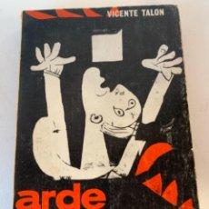 Libros de segunda mano: ARDE GUERNICA. Lote 235432540
