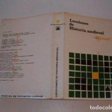 Libros de segunda mano: MANUEL RIU LECCIONES DE HISTORIA MEDIEVAL. RM76927. . Lote 62318836
