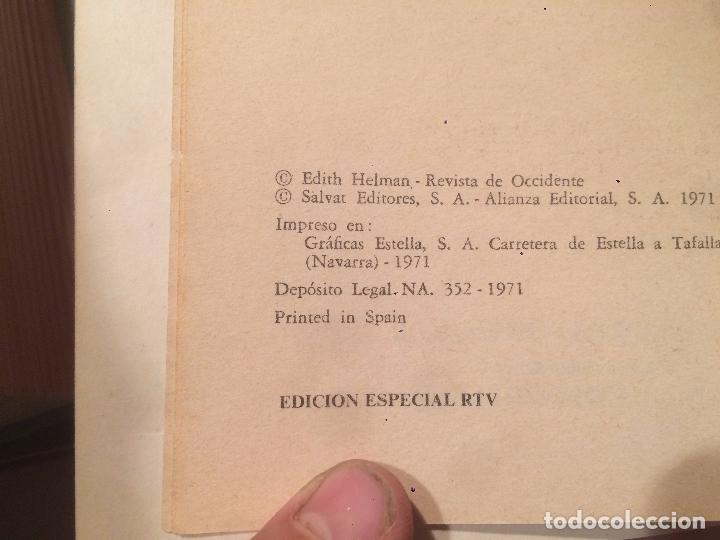 Libros de segunda mano: Antiguo libro los carpichos de Goya escrito por Edith Helman año 1971 - Foto 2 - 67068530