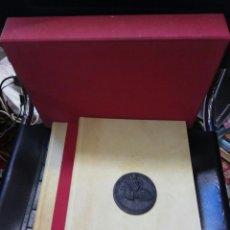 Libros de segunda mano: EL LLIBRE DELS PRIVILEGIS DE VALENCIA. FACSIMIL. GARCIA, V. 1988. Lote 86042482
