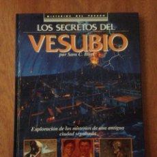 Libros de segunda mano: LIBRO LOS SECRETOS DEL VESUBIO. SARA BISEL. 1990. Lote 136316140