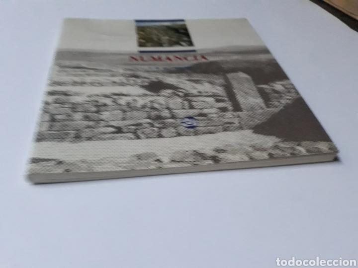 Libros de segunda mano: Arte romano soria . Guía del yacimiento de Numancia Alfredo Jimeno Asociación de Amigos museo numant - Foto 3 - 137557890