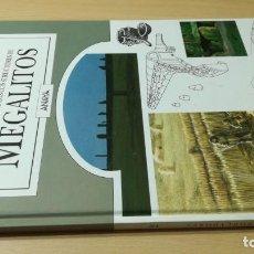 Libros de segunda mano: LA EDAD DE LOS CONSTRUCTORES DE MEGALITOS - ROGER JOUSSAUME / ANAYA. Lote 192210270