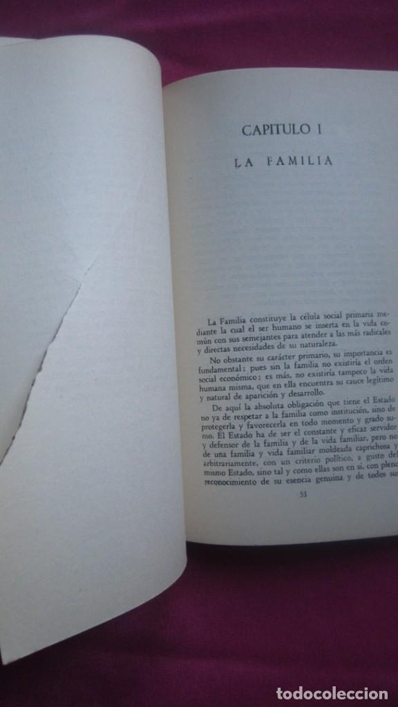 Libros de segunda mano: INSTITUCIONES DE LA MONARQUIA ESPAÑOLA E. MONTEJURRA 1960 - Foto 4 - 207440562