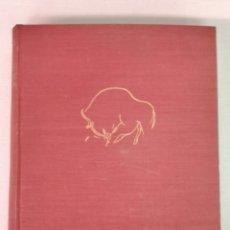 Libros de segunda mano: LAS ARTES Y LOS PUEBLOS DE LA ESPAÑA PRIMITIVA JOSÉ CAMÓN AZNAR MADRID 1954. Lote 209208782