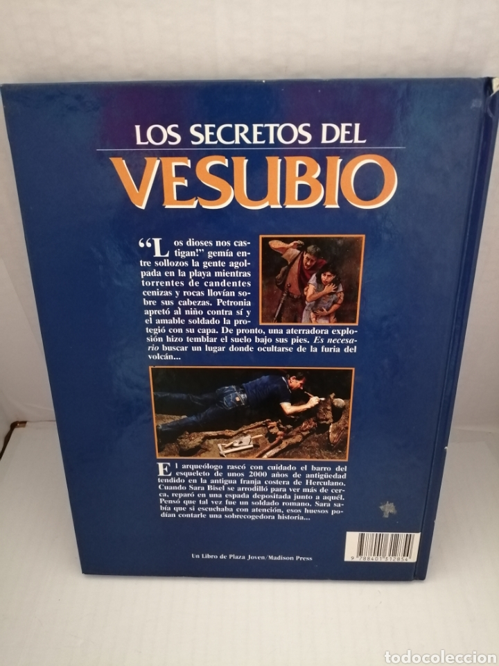 Libros de segunda mano: Los secretos del Vesubio (Primera edición) - Foto 2 - 215696507