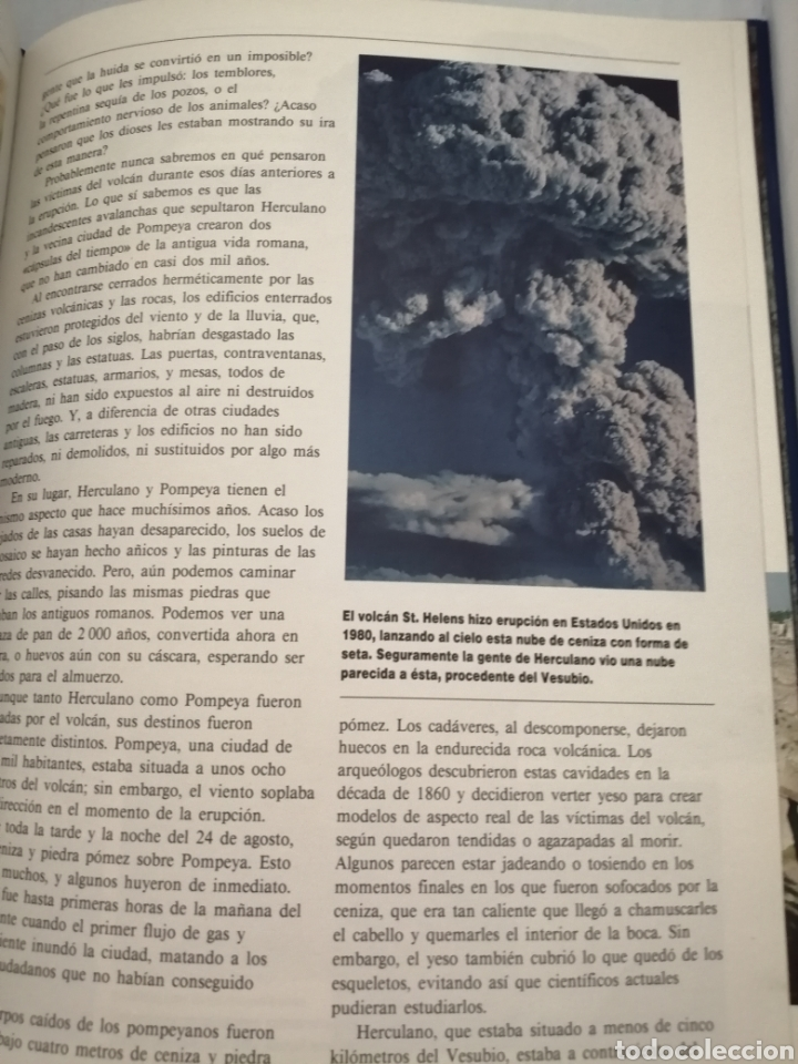 Libros de segunda mano: Los secretos del Vesubio (Primera edición) - Foto 9 - 215696507