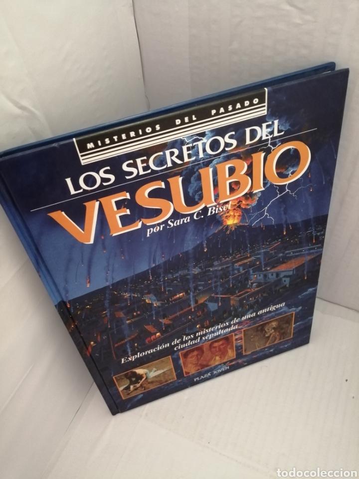 Libros de segunda mano: Los secretos del Vesubio (Primera edición) - Foto 13 - 215696507