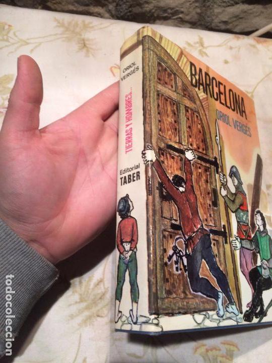 Libros de segunda mano: Antiguo libro Barcelona escrito por Oriol Verges año 1968 - Foto 2 - 99220719