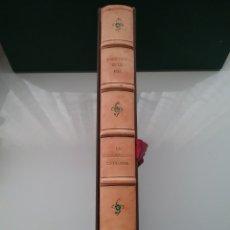 Libros de segunda mano: LIBRO ENRIC PRAT DE LA RIBA LA NACIONALIDAD CATALANA 1988 Y 8 LITOGRAFÍAS DE JORDI CURÓS.. Lote 152655780