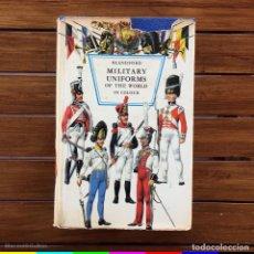 Libros de segunda mano: LIBRO UNIFORMES MILITARES DEL MUNDO EN COLOR - BLANDFORD -1968. Lote 294034848