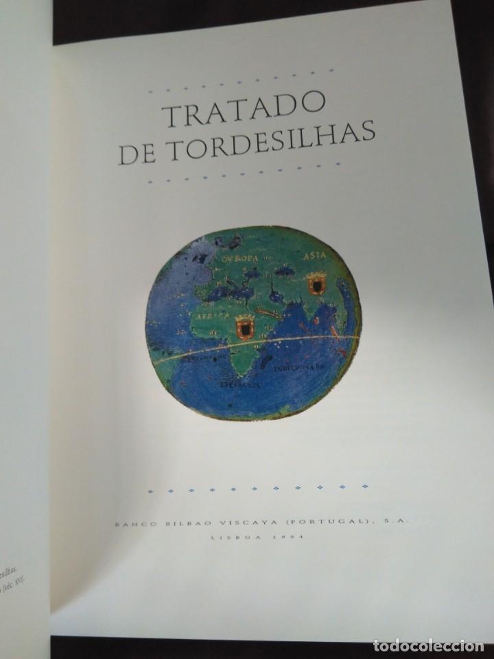 Libros de segunda mano: Facsímil. Tratado de Tordesilhas. Obra conmemorativa del V aniversario del reparto del mundo. 1994. - Foto 6 - 175590583