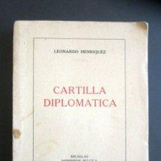 Libros de segunda mano: AÑO 1939. CARTILLA DIPLOMÁTICA. LEONARDO HENRÍQUEZ. GUÍA DE PROTOCOLO. . Lote 176103305