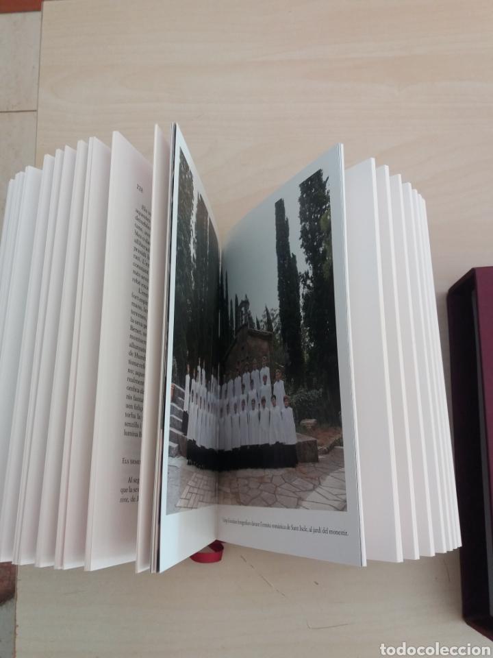 Libros de segunda mano: Historia de Montserrat Abadía de Montserrat 2010 - Foto 4 - 214080387