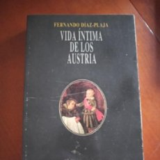 Libros de segunda mano: VIDA ÍNTIMA DE LOS AUSTRIA. Lote 217283153