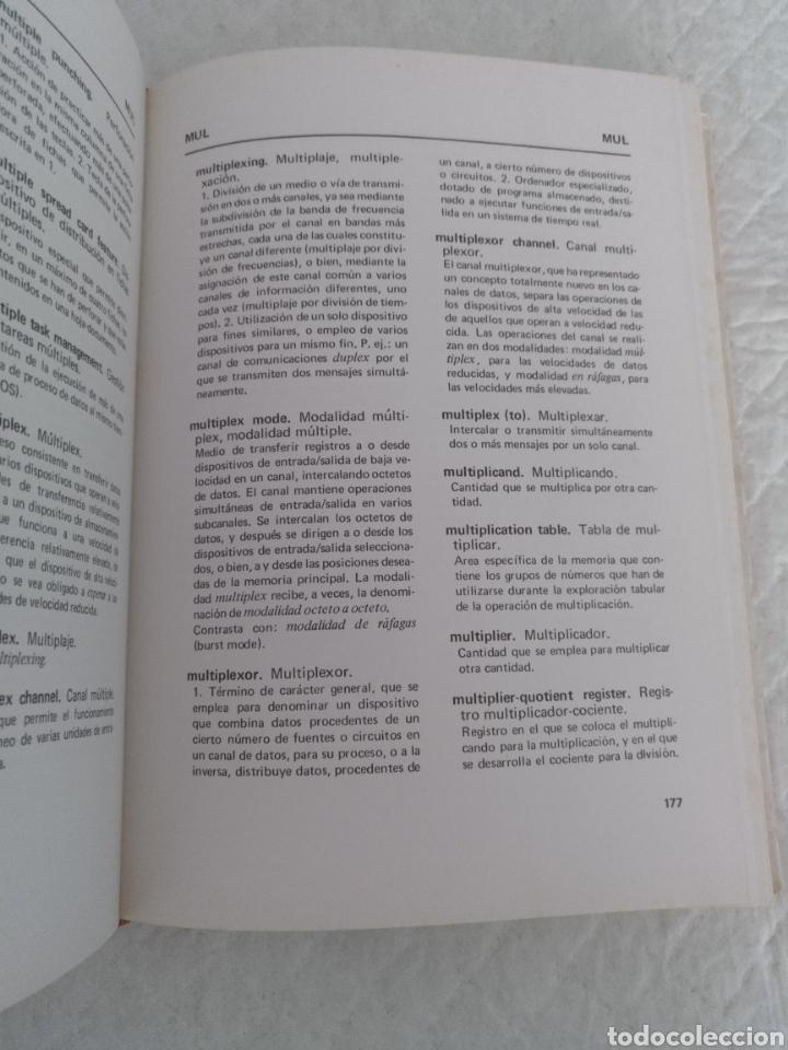 Libros de segunda mano: Diccionario / glosario de proceso de datos inglés - español IBM + hoja de propuesta. Libro - Foto 4 - 183838466