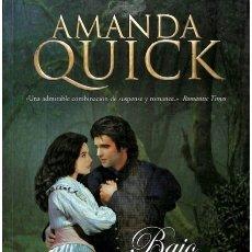 Libros de segunda mano: BAJO LA LUNA - AMANDA QUICK - VERGARA (EDICIONES B). Lote 95821230
