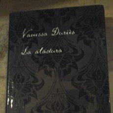 Libros de segunda mano: LA ATADURA (NOVELA ERÓTICA DE SADOMASOQUISMO) (BARCELONA, 2009). Lote 137442058