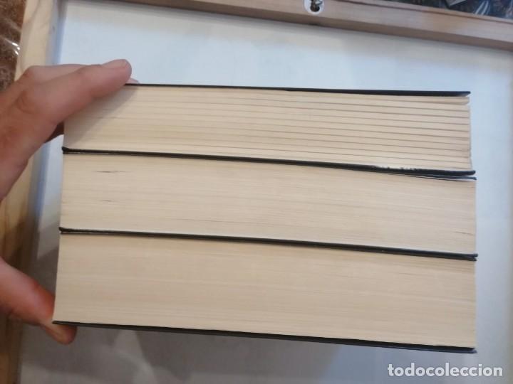 Libros de segunda mano: TRILOGÍA. CINCUENTA SOMBRAS DE GREY- 50 SOMBRAS MÁS OSCURAS - 50 SOMBRAS LIBERADAS. - Foto 5 - 204722968