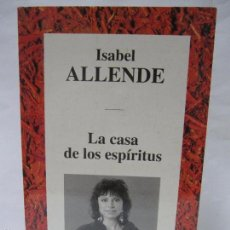Libros de segunda mano: LA CASA DE LOS ESPÍRITUS. ISABEL ALLENDE. RBA, EDITORES. 1994. BARCELONA. 445PAGS. 20,5X12,7CM . Lote 94759034