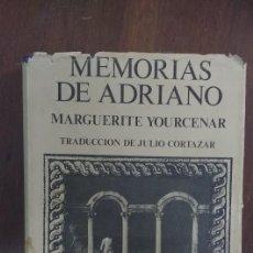 Libros de segunda mano: MEMORIAS DE ADRIANO 1982. Lote 62599960