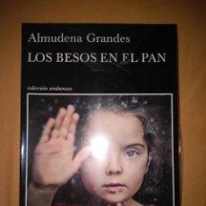 Libros de segunda mano: ALMUDENA GRANDES LOS BESOS EN EL PAN TUSQUETS TAMAÑO GRANDE. Lote 81618912