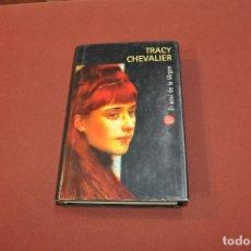 Libros de segunda mano: EL AZUL DE LA VIRGEN - TRACY CHEVALIER - NO17. Lote 89355444