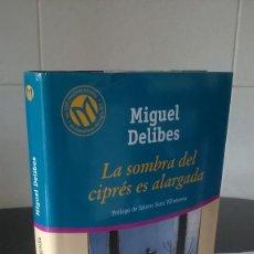Libros de segunda mano: 71-LA SOMBRA DEL CIPRES ES ALARGADA, MIGUEL DELIBES, 2001. Lote 98676475
