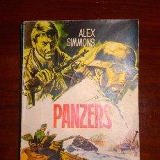Libros de segunda mano: SIMMONS, ÁLEX. PANZERS. (HAZAÑAS BÉLICAS ; 450). Lote 98748759