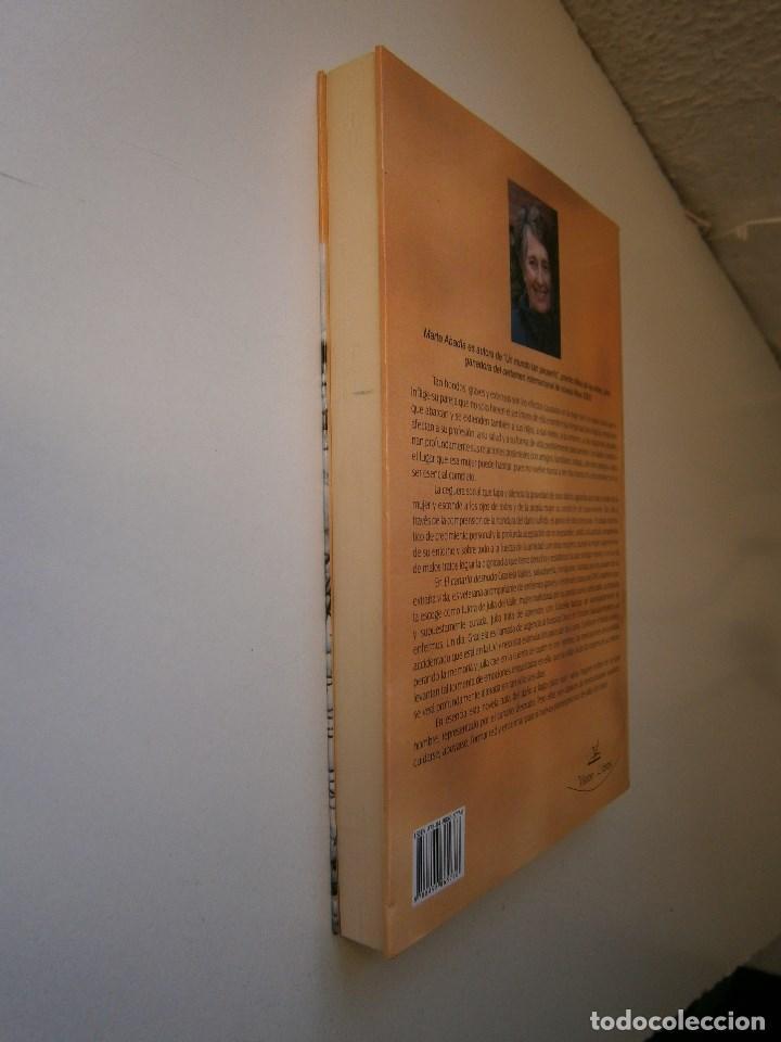 Libros de segunda mano: EL CANARIO DESNUDO Marta Abadia Vision Libros 2009 - Foto 4 - 98940679